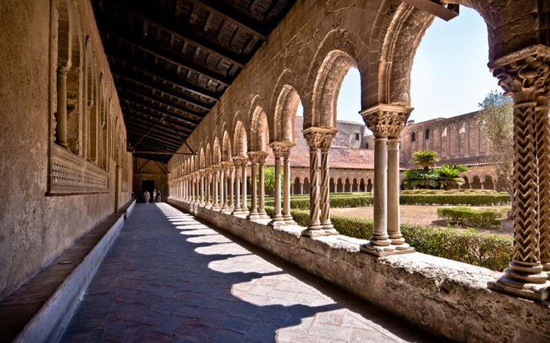 """A Day Trip from Palermo: Monreale and its """"Duomo"""""""