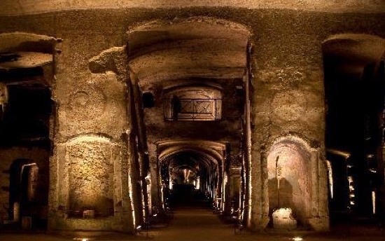 Naples top attractions: the Catacombe di San Gennaro