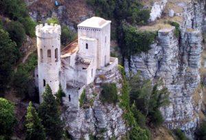 Sicily_VenusCastle01_full