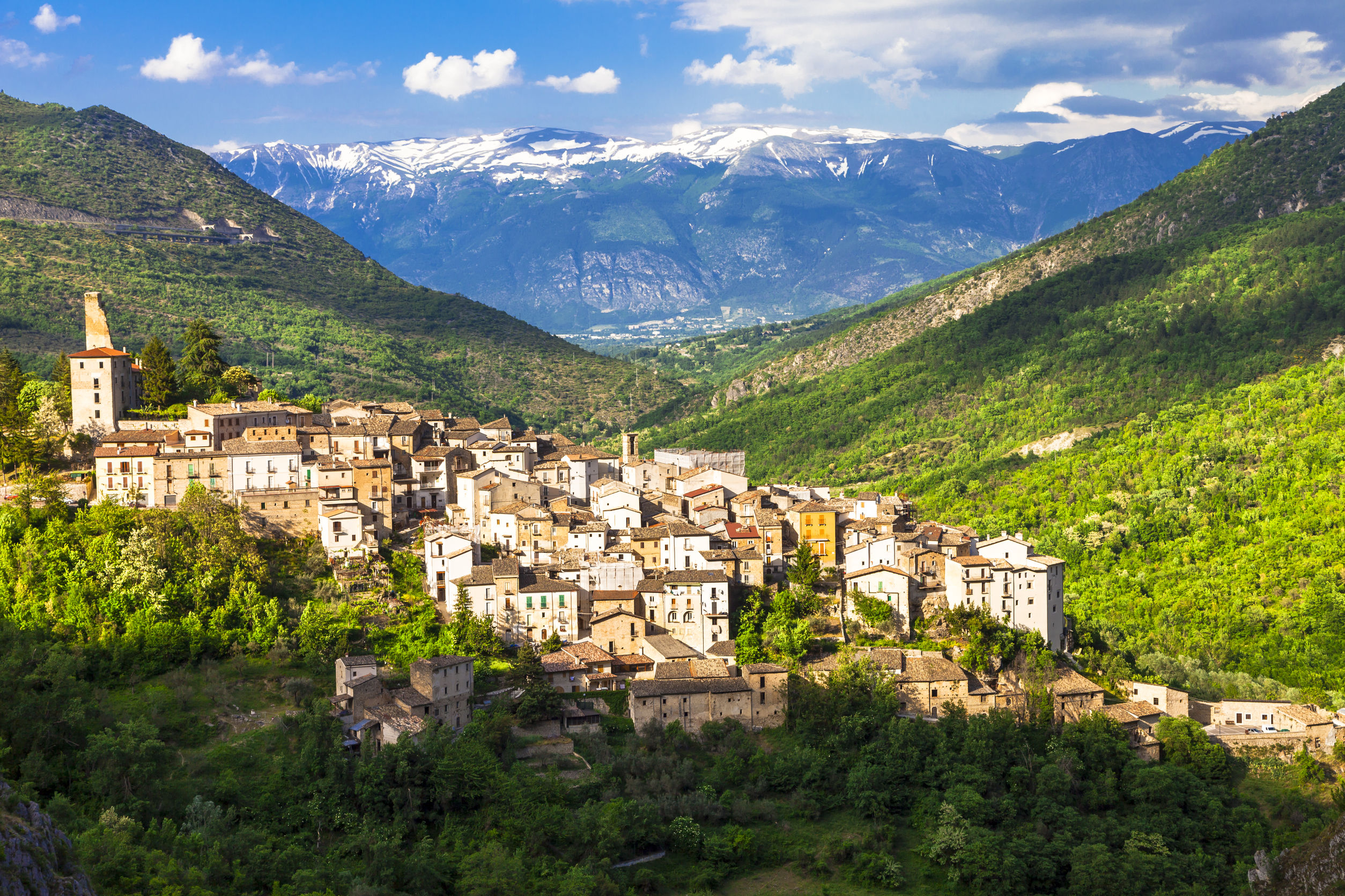 Strong and Gentle, Abruzzo