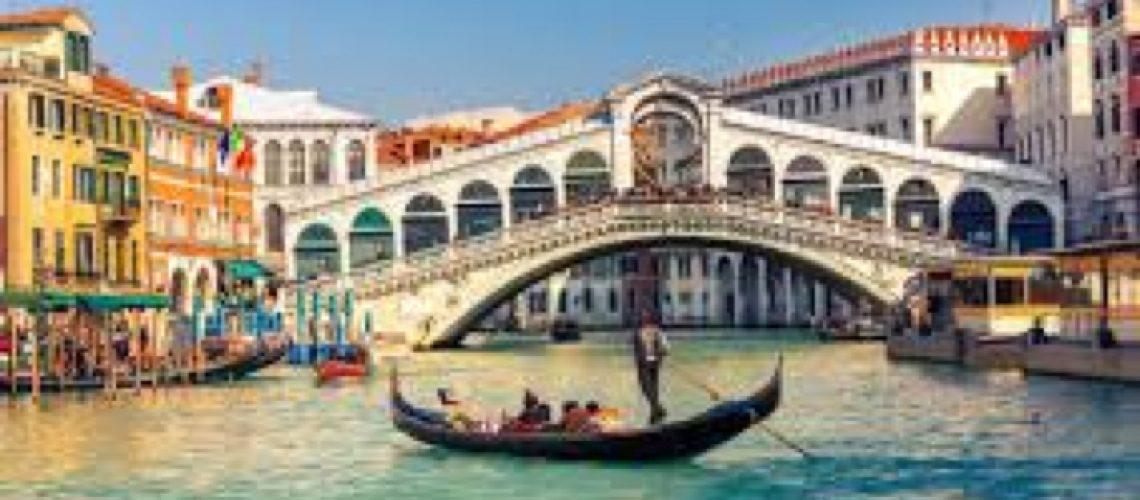 Venice: Epiphany Regatta